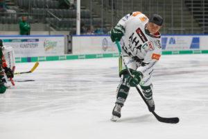 Geschwindigkeitsmessung beim Eishockey Event der Augsburger Panther