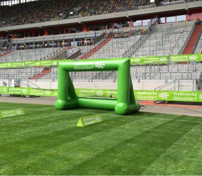 Speedmaster Fußball Bundesliga Fortuna Düsseldorf Eventvariante Geschwindigkeitsmessung und Inflatable Goal