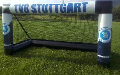 Vollpneumatisches Tor mit Bannerbranding_Evettool TVB Stuttgart1 - Kopie