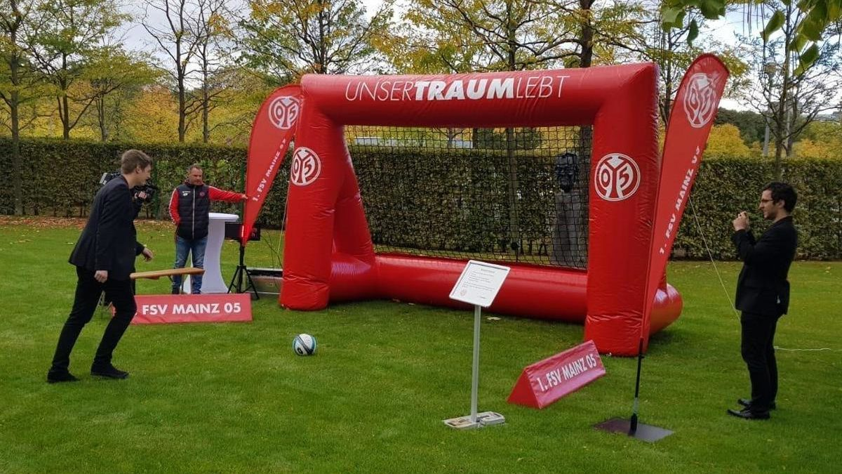 speed measuring system-branded inflatable goal-fsv mainz 05