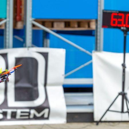 Geschwindigkeitsmessung bei Drohnenrennen