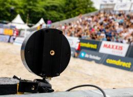 Speedmaster Geschwindigkeitsmessung Beachvolleyball Techniker Beachtour Sponsoring Comdirect